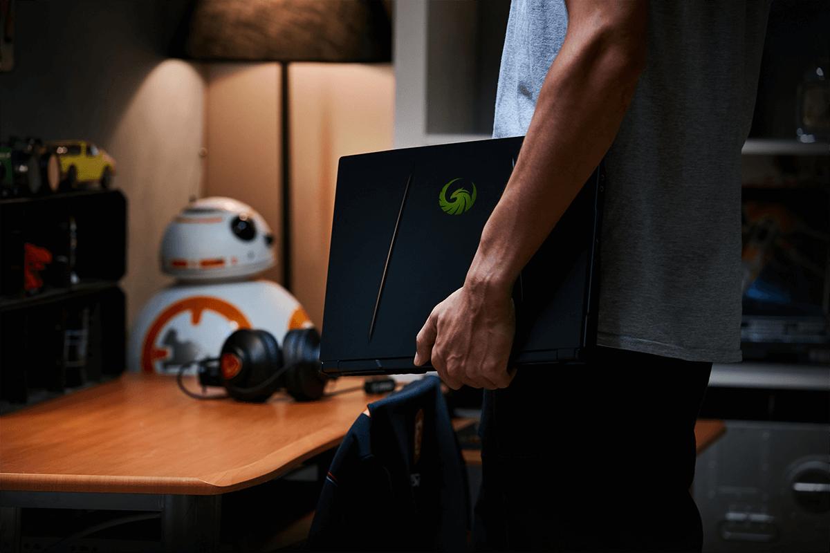 MSI ALPHA 15 A3DDK-013NE Laptop